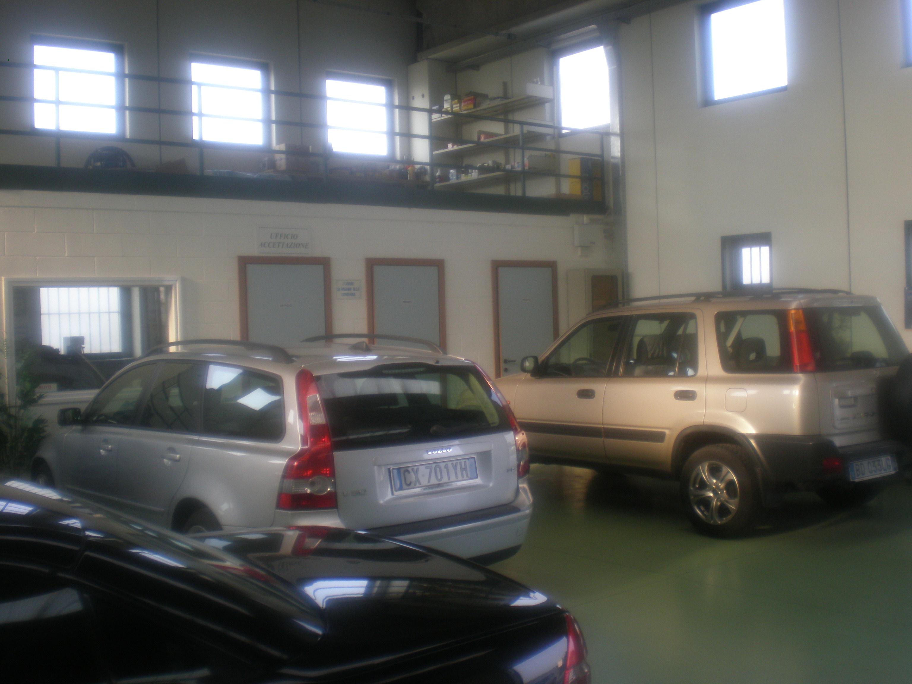 Interno officina Euro Auto